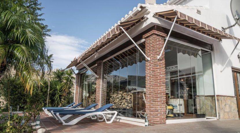 6514 VI3 prestigious villa in Alcaucin (16)