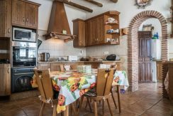 6514 VI3 prestigious villa in Alcaucin (2)